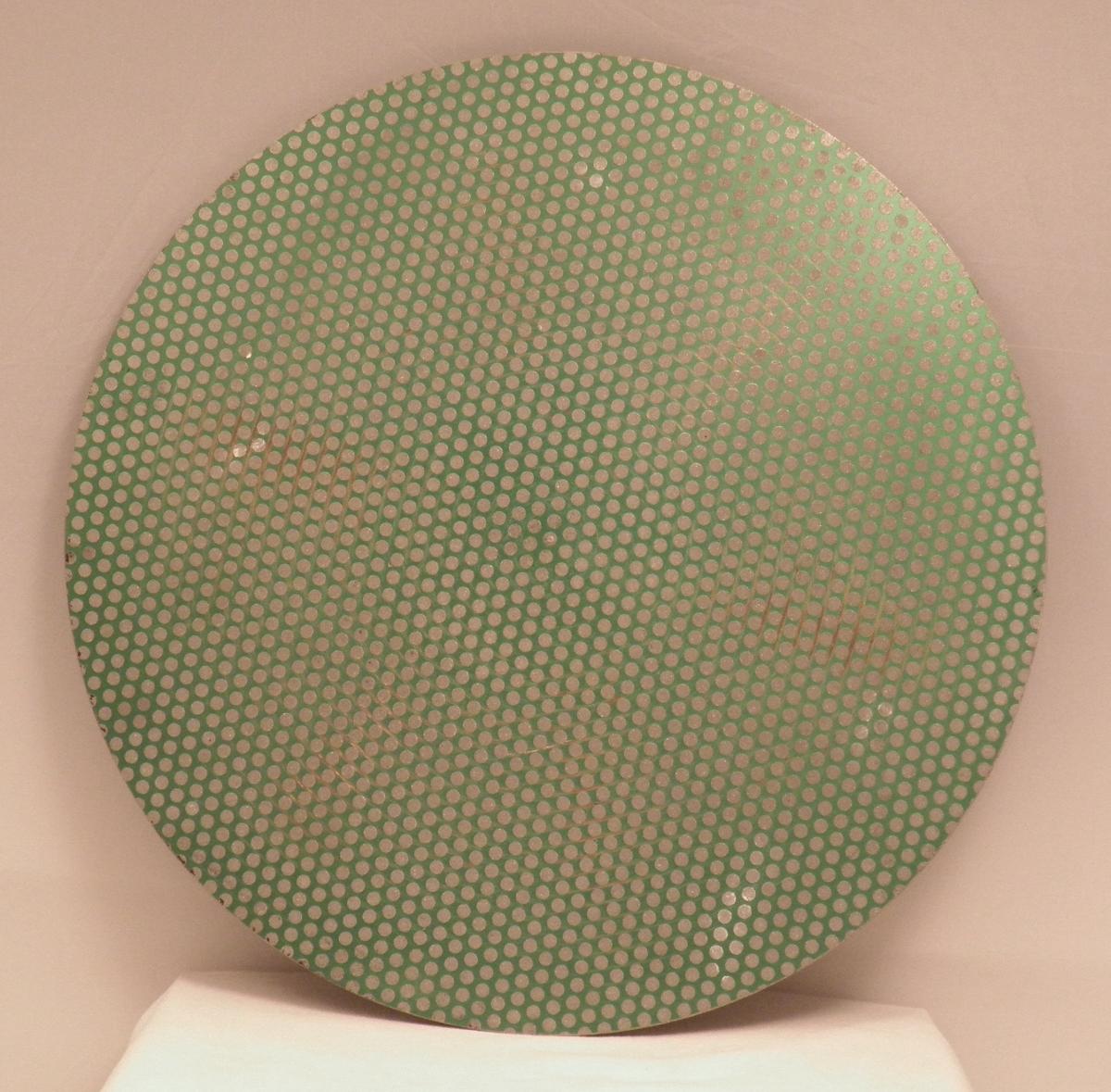 diamond-dot-15-inch-on-bat.jpg